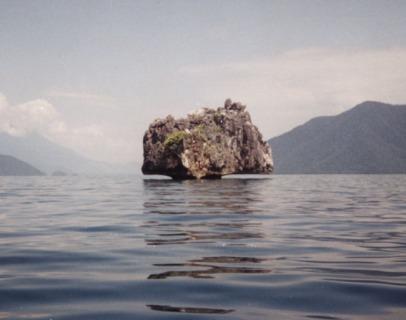Batu Apung Marowali