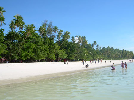 Pantai Talise Palu