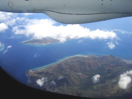 Perjalanan Udara Ke Kota Bau Bau dari Makassar