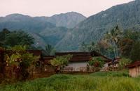 gunung-binaiya