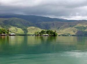 [Image: resize-of-danau-sentani-bestpapuatoursco...;amp;h=224]